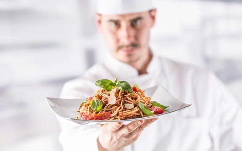 Como contratar um chef de cozinha ideal